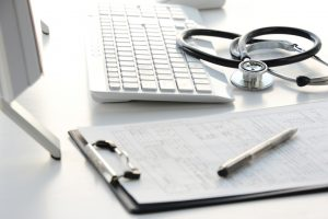 Die Übersetzung medizinischer Dokumente bedeutet eine hohe Verantwortung und erfordert die entsprechende Qualifikation